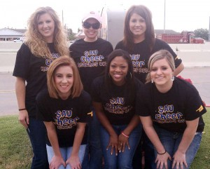 SAU cheer group in Moore, Okla.