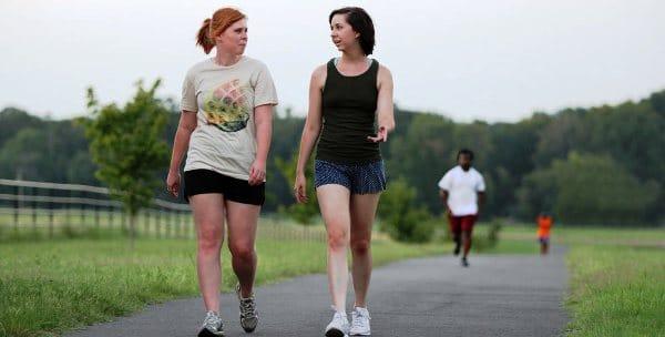 Students on the SAU walking trail
