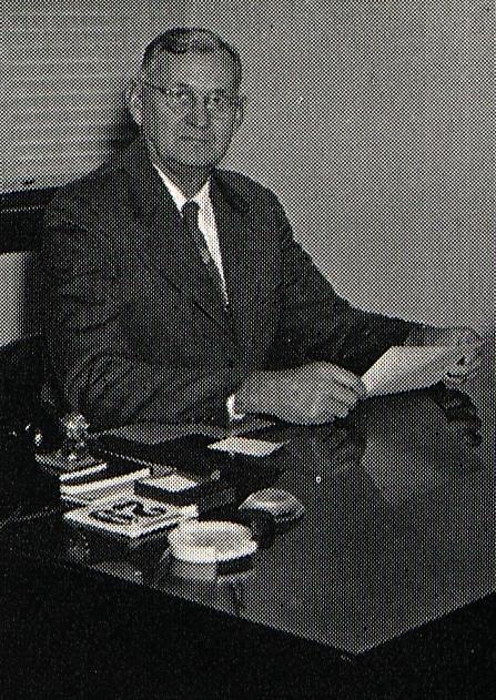 Dean Earle E. Graham photo