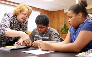 Texarkana 4th graders experience STEM and college